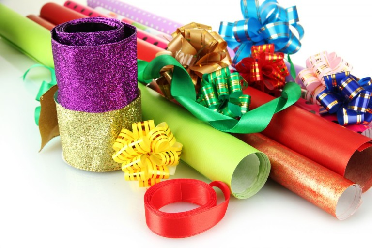 Why Your Retail Business Needs Printed Gift Wrapping